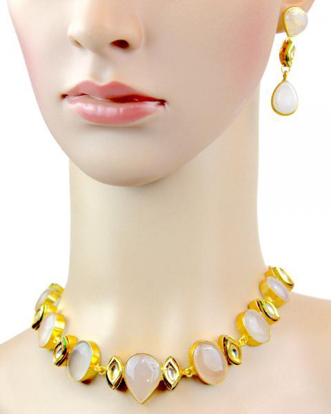 Elizabeth Peach Necklace Set
