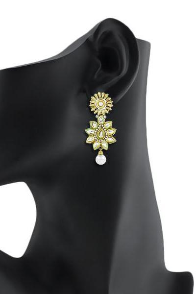 Bo'Bell Flawless Traditional Blossom Kundan Earring/WHITE