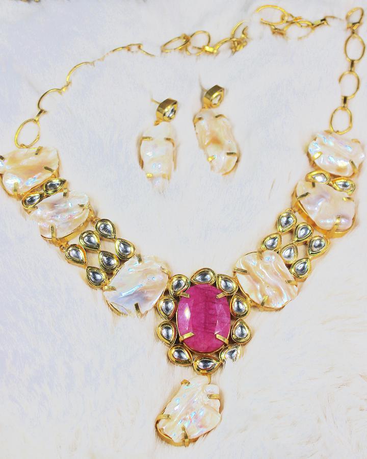 Roselie Autumn Necklace Set