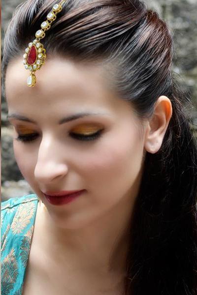 Bo'Bell Elegant Tear drop Indian Ethnic Maang Tikka/RED