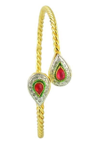Bo'Bell Elegant Teardrop Golden Traditional Bangle/GOLDEN